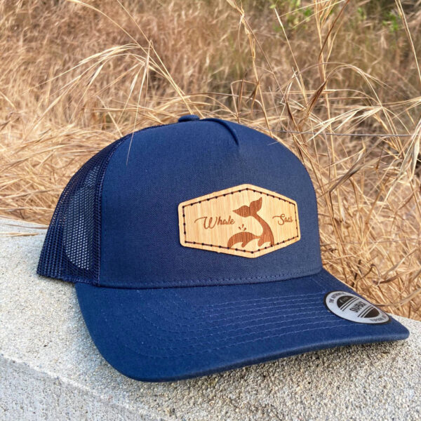 Bamboo Navy Curve Whale sacs Hat